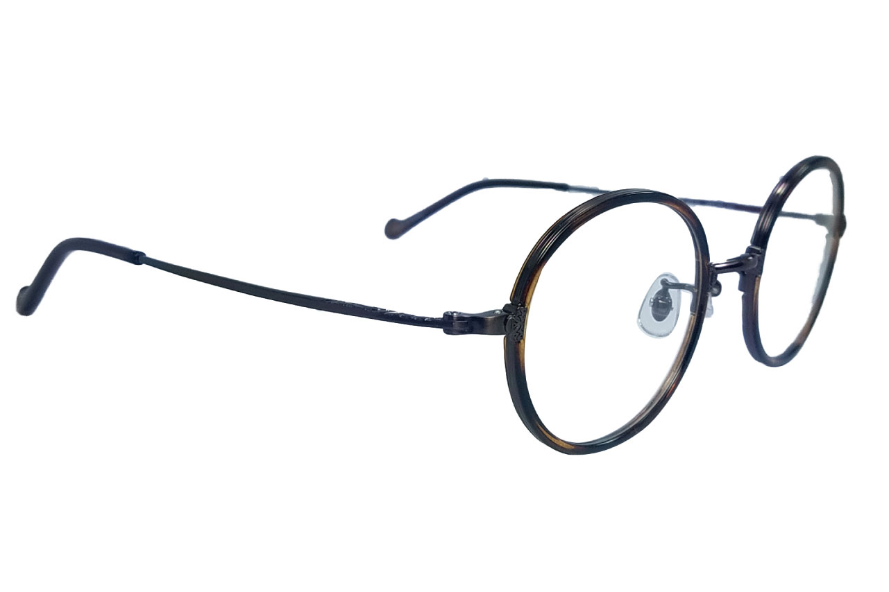眼鏡フレーム写真